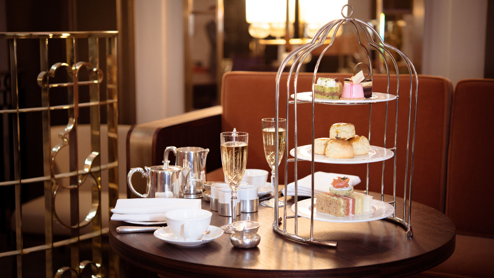 Enjoy Afternoon Tea in Mayfair, in the beautiful Art Deco surroundings of the Palm Court at The Park Lane Hotel.