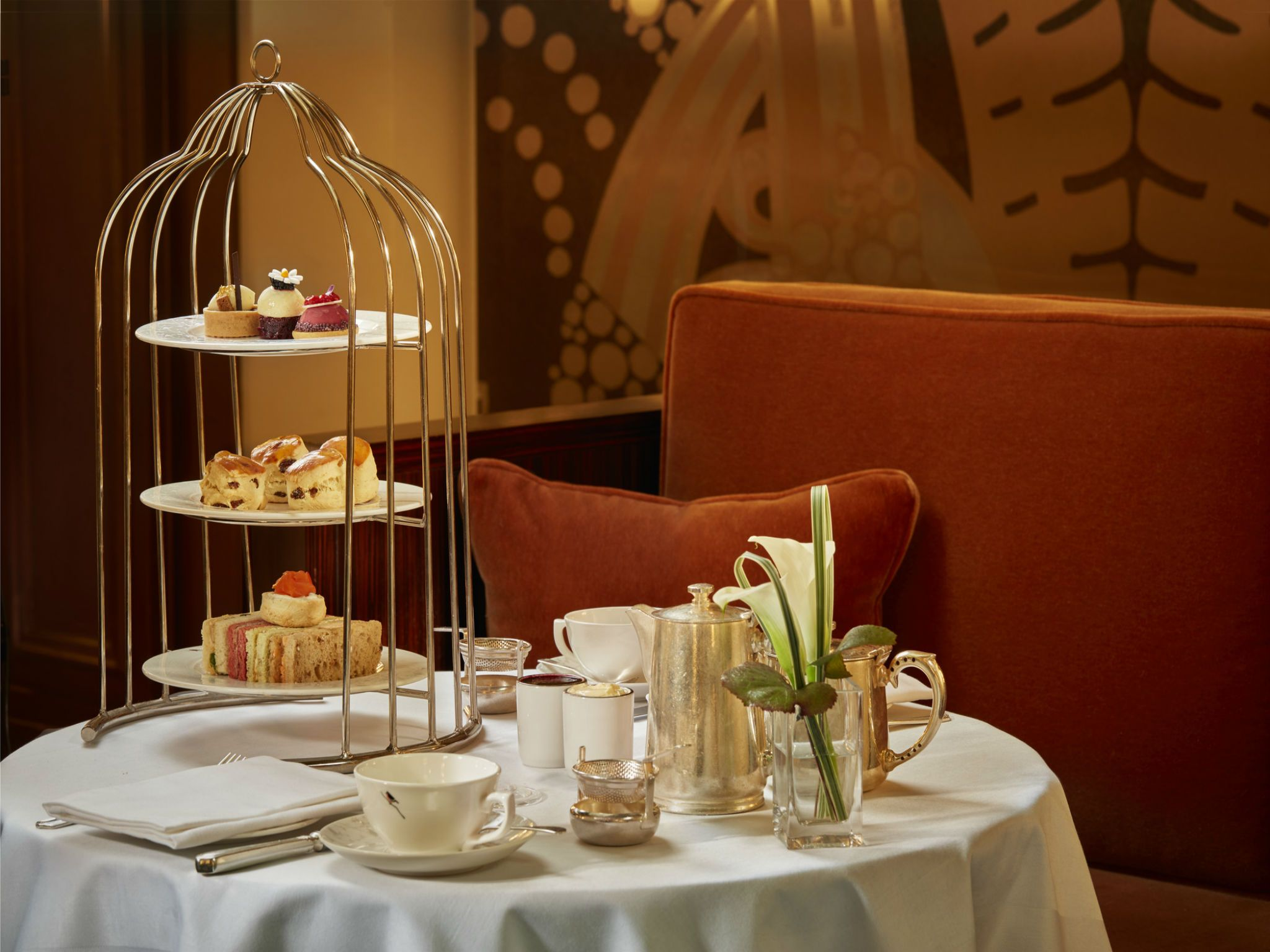 The afternoon tea experience at the Park Lane Palm Court